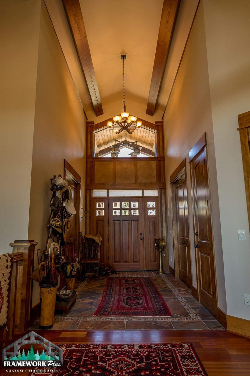 Gresham, OR Hybrid Home Entry Hallway