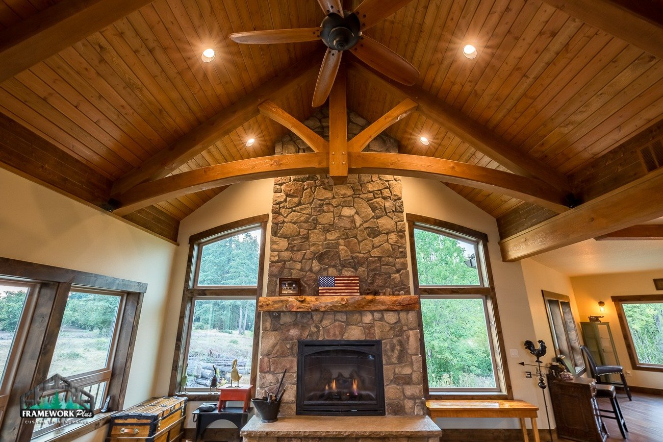 Canby, OR Hybrid House Interior with Mantel Front